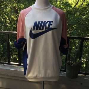NIKE color block pullover